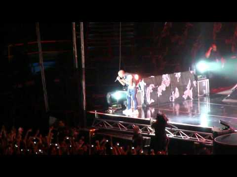 CHRIS BROWN - FOREVER - BRISBANE CONCERT 2011
