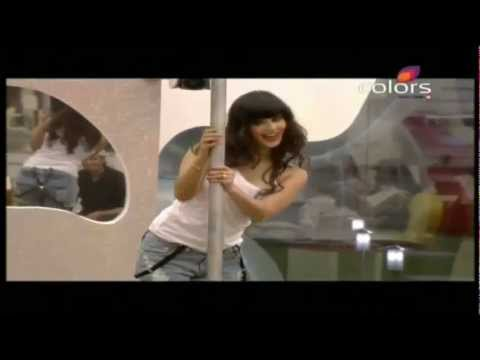 Sunny leone pole dance in bigboss HD
