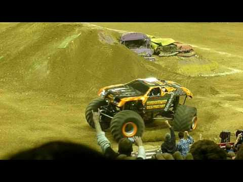Monster Jam 2011 - Maximum Destruction Freestyle - Ford Field