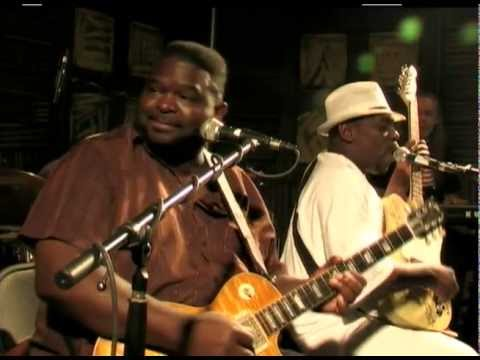 "Micheal ""Iron Man"" Burks and Lucky Peterson - Safeway Waterfront Blues Festival 2010"