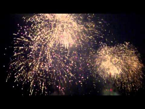 Resen feuerwerk vom Wolkenkratzer Festival 25.05.2013