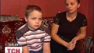 Родители и врачи борются за жизнь Валентина Петренко