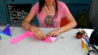 elaboración de un cubo de papel.AVI