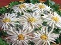 Салат Ромашковое поле.  Рецепты вкусных слоеных салатов. Вкусное для любимого