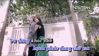Bên Anh Em Không Có Tương Lai - HKT ( karaoke Full Beat)