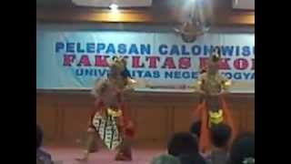 UKM KAMASETRA UNY - Bambangan Cakil @FE UNY.3gp view on youtube.com tube online.