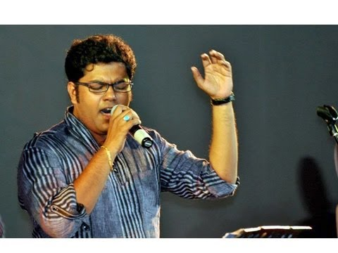 Singer Jaydeep Bagwadkar Rocks The Stage At Kaushal Katta! - Entertainment News