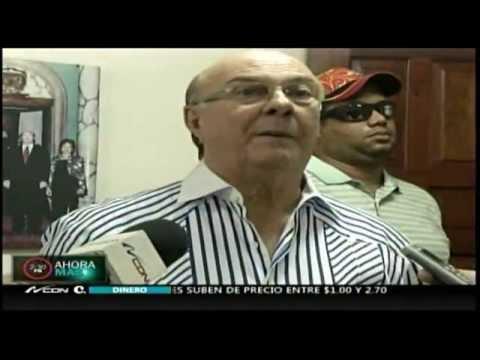 """Hipólito dice que """"es pa' fuera que va"""" Miguel Vargas"""