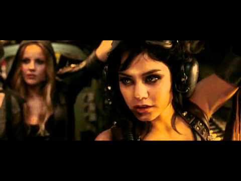 Zack Snyder - Sucker Punch - Meet Blondie Featurette (Vanessa Hudgens)