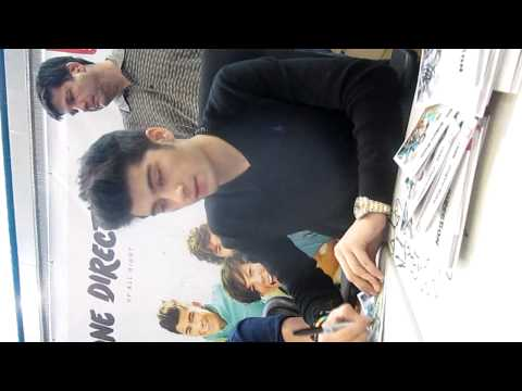 Meeting One Direction - Signing at MOA 3/25/12