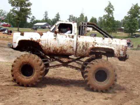 Mud Bog Trucks