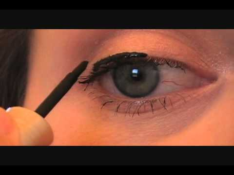 How To Apply Liquid Eyeliner {Blushing Basics Series}