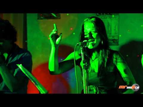 Se amarra el pelo - Duendeando - Flamenco en Directo - Video HD
