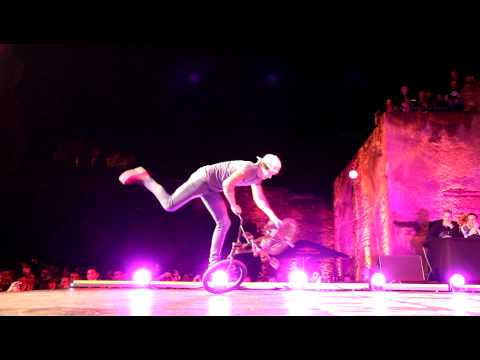 Red Bull Flamenco Flatland 2011 Castillo de Gibralfaro  Takahiro vs Matthias HD