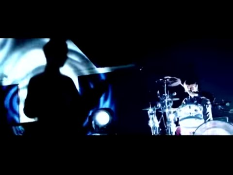 Supermassive Black Hole [alternative live version] (Video)