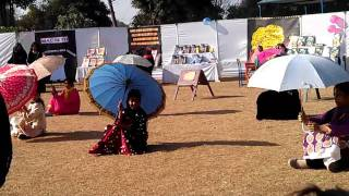 Roots School System Sialkot Chinese Traditional Dance.3gp view on youtube.com tube online.