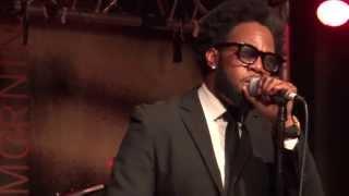 Dwele Performing Live In Paris