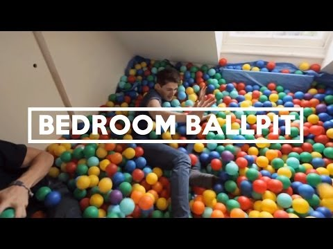 Everyone can use a bedroom ball pit