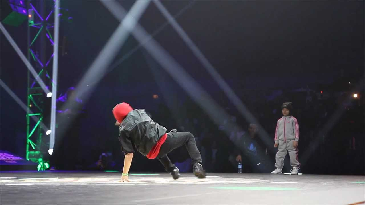 Chelles Battle Pro 2013 - Baby Battle Final : BGIRL TERRA VS. BBOY JALEN
