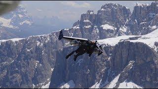 Экстремал с реактивным крылом за спиной разогнался над Альпами до 278 км/ч (18.06.2019 11:45)