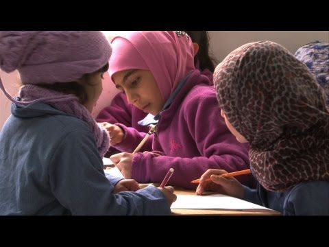 Back to school, for Syrian refugee children