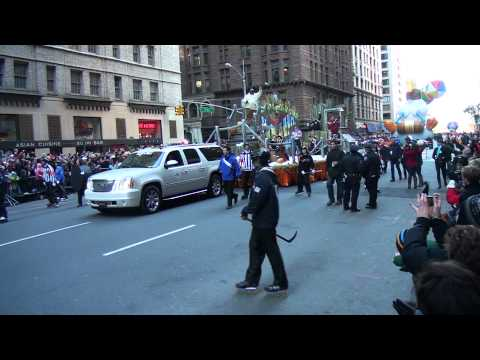 Video#802 Macy's Thanksgiving Parade 2011 Pt 2