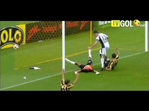 Imagini video din fotbal anul 2011 mori de ras
