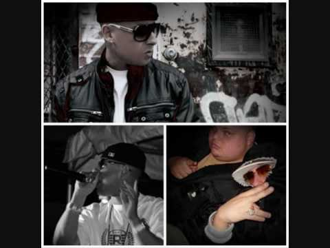 Cosculluela - En El Case (Prod. By O'Neill, Mue-K & Chris Jeday)