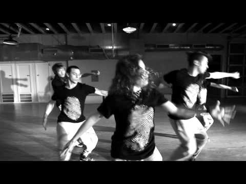 "Crew ""IaMmE"" on Planet Funk (The Brain Bang) -Directors Cut"