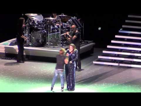 """Laura Pausini """"Non ho mai smesso"""" + presentazione band - Arena di Verona 6 giugno 2012"""