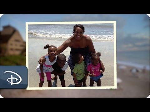 Disney Parks Moms Panel | Disney's Vero Beach Resort - UC1xwwLwm6WSMbUn_Tp597hQ