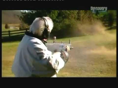 AA-12. World-s deadliest shotgun!