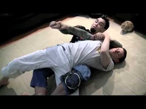 Eddie Bravo THE KOREAN ZOMBIE VS LEONARD GARCIA  (Twister Breakdown)
