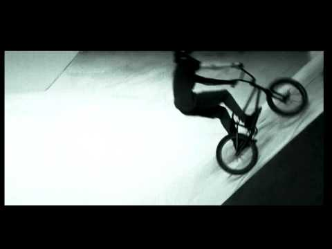 BRUNO HOFFMAN - BMX STREET - SESSION 2012