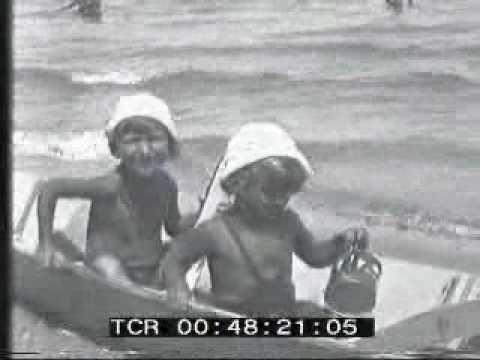 Pesaro - La spiaggia (istituto Luce - 1931)
