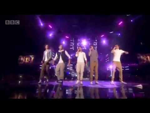 "One Direction - Teen Awards 2011 - ""Na Na Na"" & ""What Makes You Beautiful"""