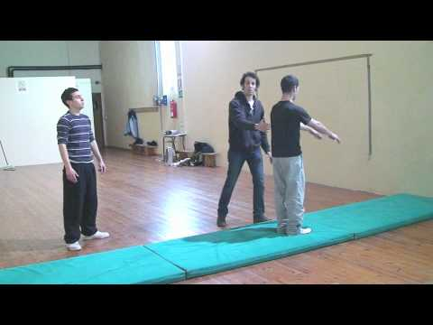 Escola Tot Dansa Santa Maria de Palautordera / Como hacer how to Acrobacia Flig flag
