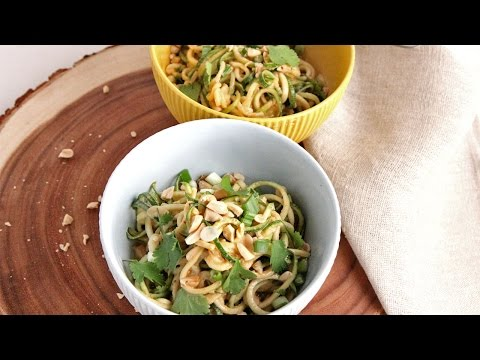 Zoodles with Peanut Sauce | Episode 1051 - UCNbngWUqL2eqRw12yAwcICg