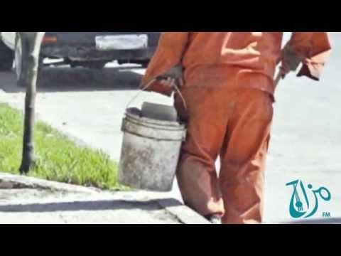 يالفيديو : مفاجأة بلدية إربد الكبرى لعمال الوطن بمناسبة الشتاء