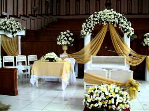 Ysabela Florist Church Wedding Arrangement