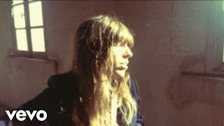 Lou Doillon – WEEKENDER BABY live session