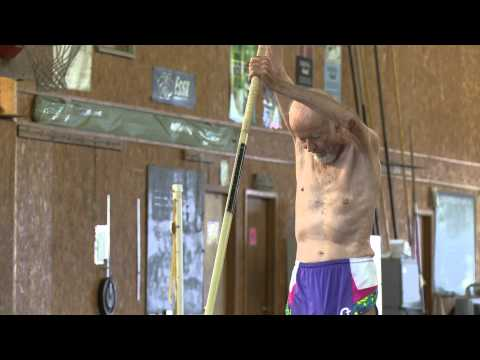 90 year old world record holder in pole vault