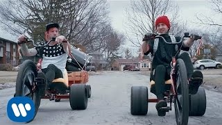 twenty one pilots: Stressed Out OFFICIAL VIDEO]