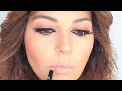Winged Eyeliner Makeup Tutorial