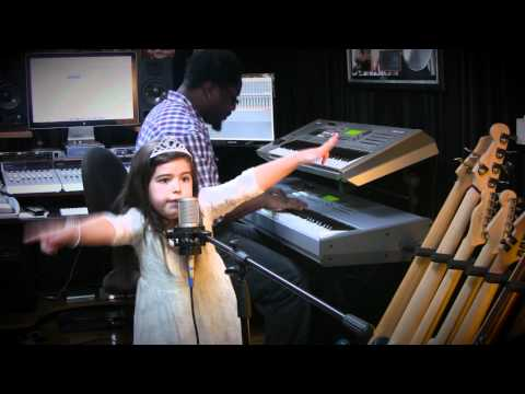 Sophia Grace Brownlee Singing Nicki Minaj's &quot;Moment 4 Life&quot; at DMP Studio! (Dapo Torimiro on keys)