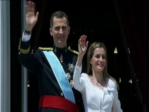 (Spain) New King Felipe Sworn In  6/19/14