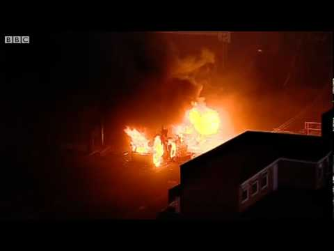 BBC NEWS EXCLUSIVE - London Riots - rage in Croydon as shops are set alight