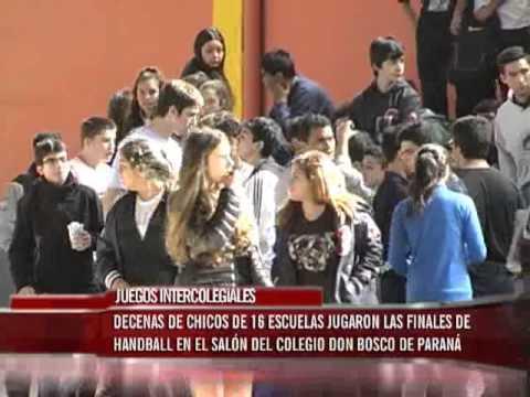 Decenas de chicos en las finales Intercolegiales de Handball en el Salón del Colegio Don Bosco