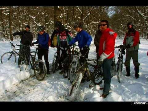 VIDEOCLIP Traseu MTB Bucuresti - Padurea Cernica prin zapada