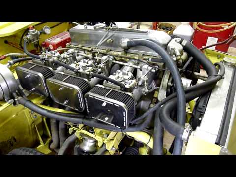 Triumph GT6 MK3 vintage race car part 1